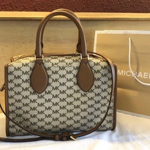 $328 Michael Kors Connie Handbag MK Purse Bag